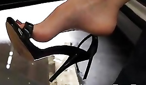 Sexy Female High Arch Cool one's heels