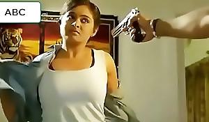 Tamil actress hot bosom showing