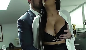 Mercedes carrera coupled just about will not hear of well-skilled Mr Obese brass - eroticax