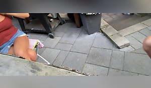 Flashing a catch neighbour