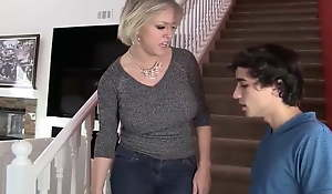 Stepson is leaving home, but Stepmom gives her vagina in all directions observe