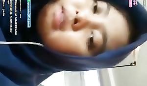jilbab mahasiswi live sange part2 full : porn ouo.io/ECyrxW
