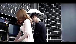 Movie22.net.Mommy'_s Lover (2018)-002