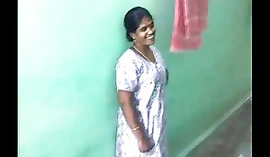 Sexy X-rated Tamil aunty