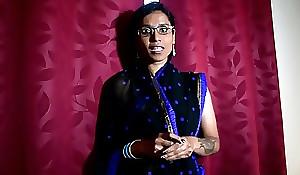 Indian Teacher Teaches Pupil a Concupiscent Lesson (hindi)